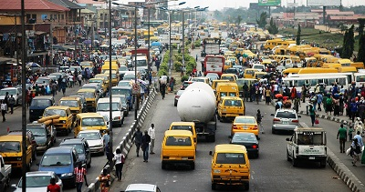 PIC.9.TRAFFIC-ON-OSHODI-AGEGE-MOTOR-ROAD-IN-LAGOS