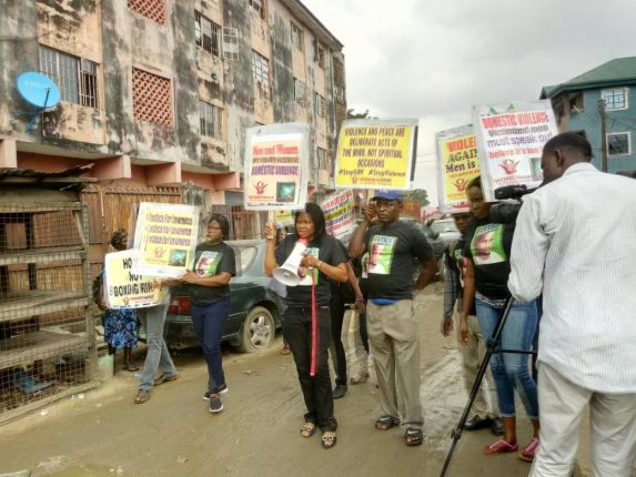 Joe Odumakin leading a peaceful protest in front of the Ebute Metta Magistrate Court, Lagos on Monday