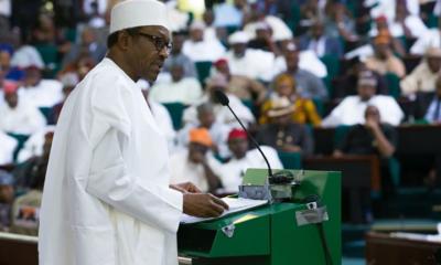 Buhari Presenting_