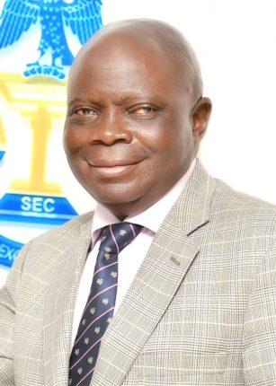 Dr Abdul Zubair SEC Acting Director General.